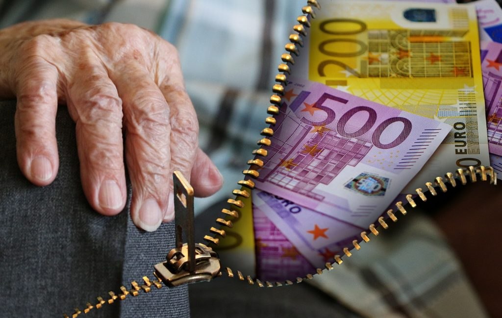 Пенсионно осигуряване в чужбина